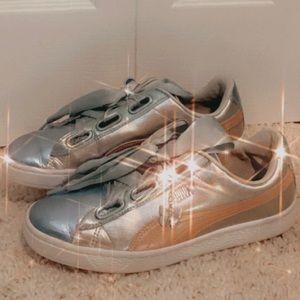 Puma women's size 10 shoes